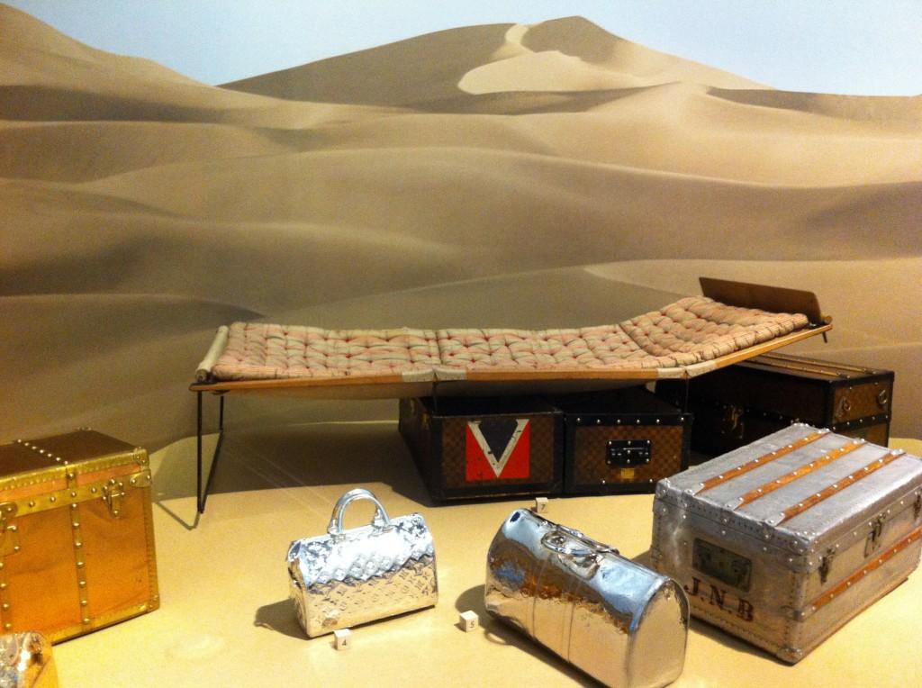Exposition Louis Vuitton  malle-lit