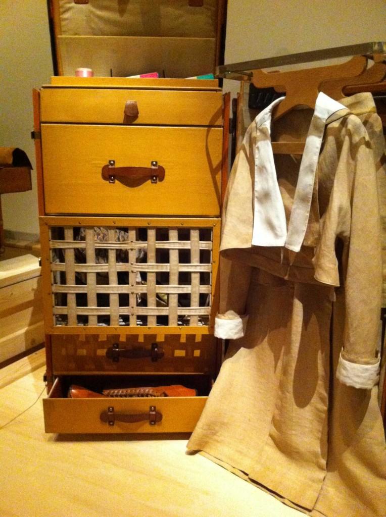 Exposition Louis Vuitton  malle garde-robe